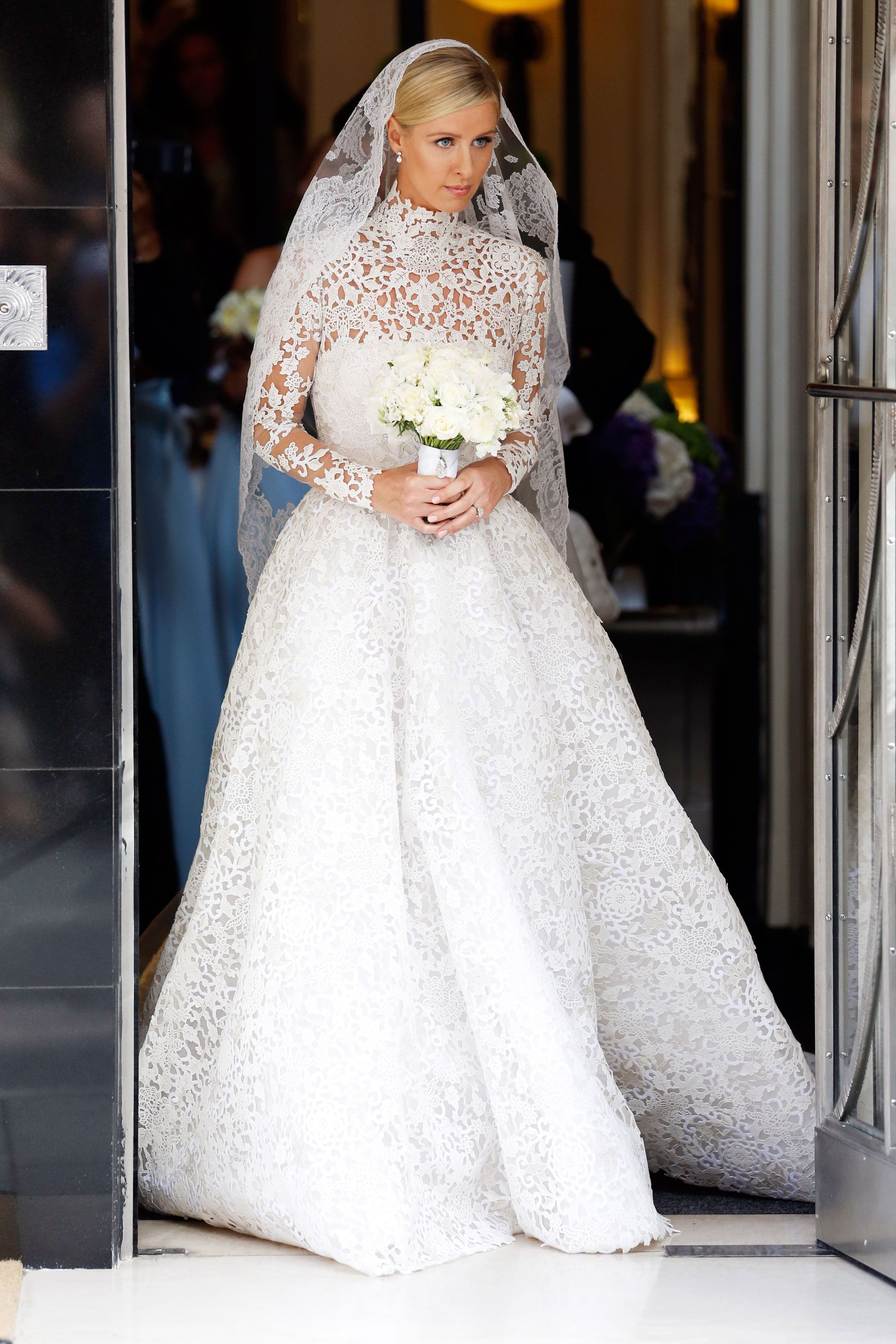 40 most stunning celebrity wedding dresses of all time celeb 40 most stunning celebrity wedding dresses of all time celeb bridal gowns ombrellifo Images