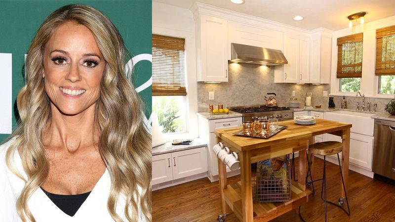 Nicole Curtis From Hgtv S Rehab Addict Is An Airbnb Host How
