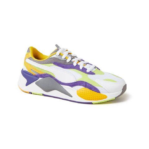 модные новые кроссовки