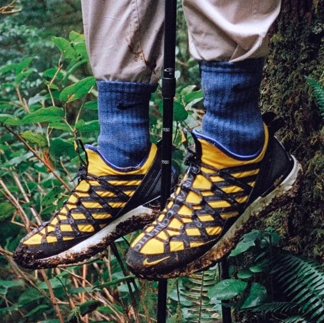 8919d0fd562 11 Best Hiking Boots and Shoes for Men - Hiking Boot Trend for Men