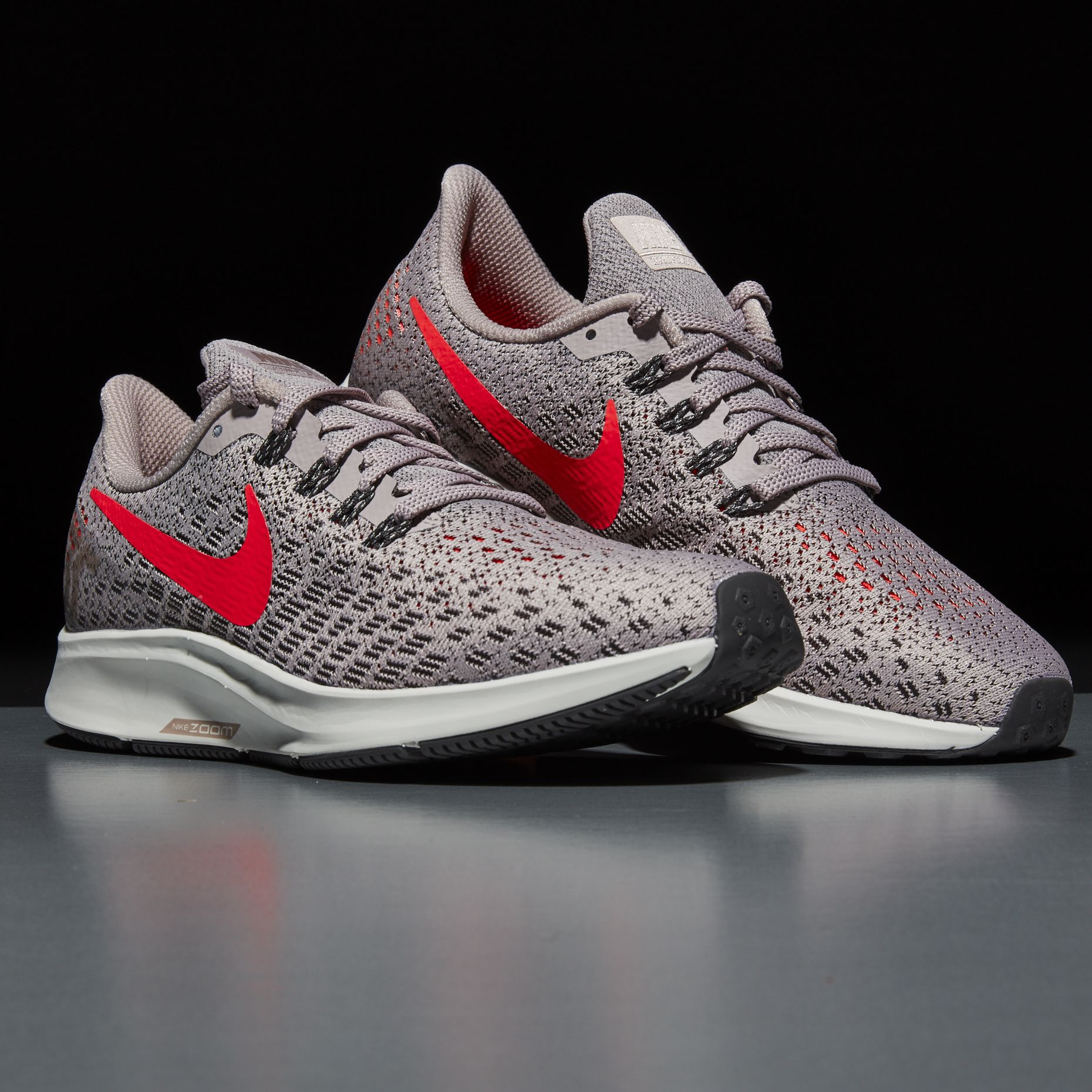 The Nike Air Zoom Pegasus 35 Is 40% off Right Now