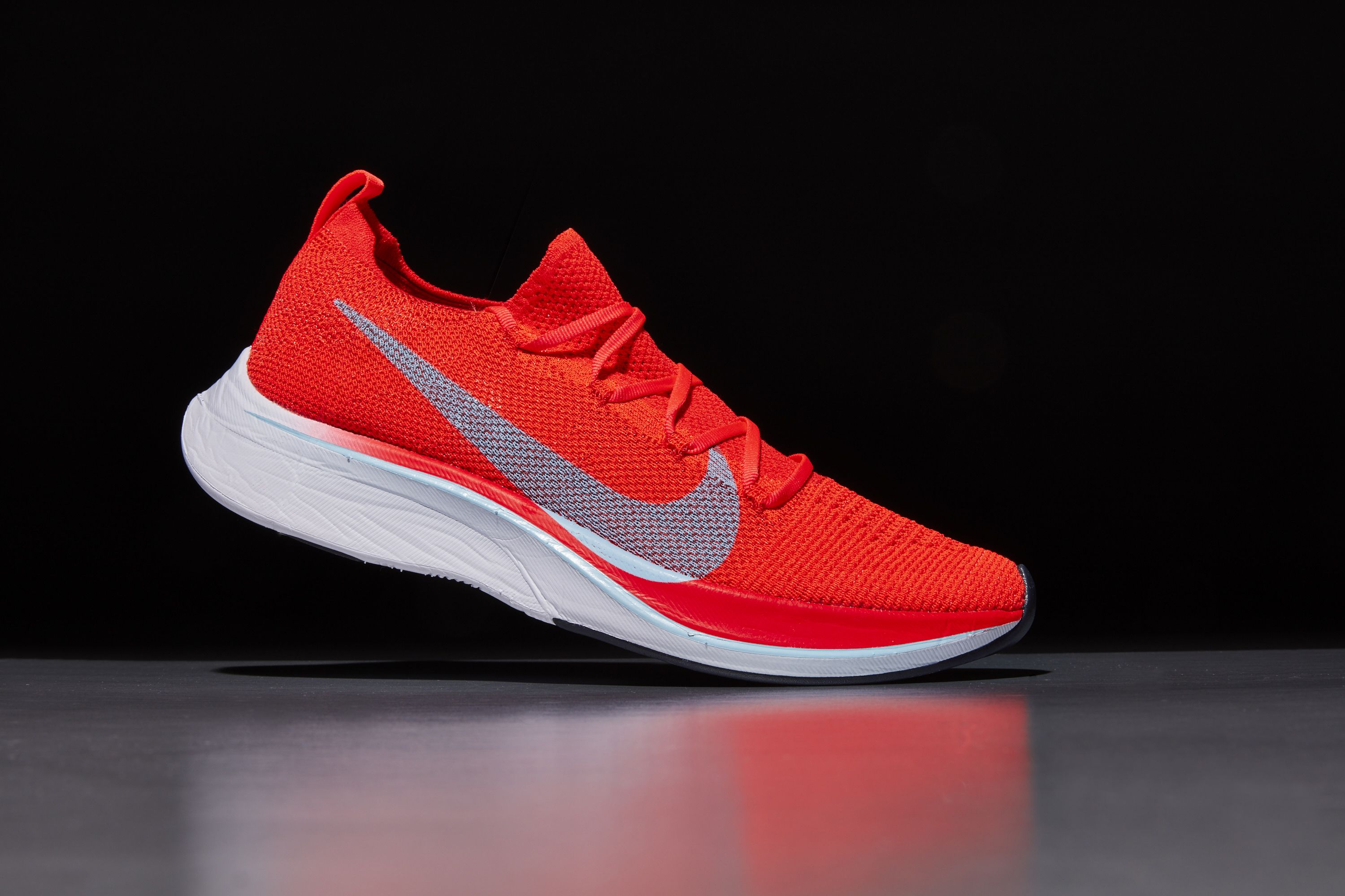 Menos que Betsy Trotwood asesinato  The Nike Vaporfly 4% Flyknit is On Sale Now