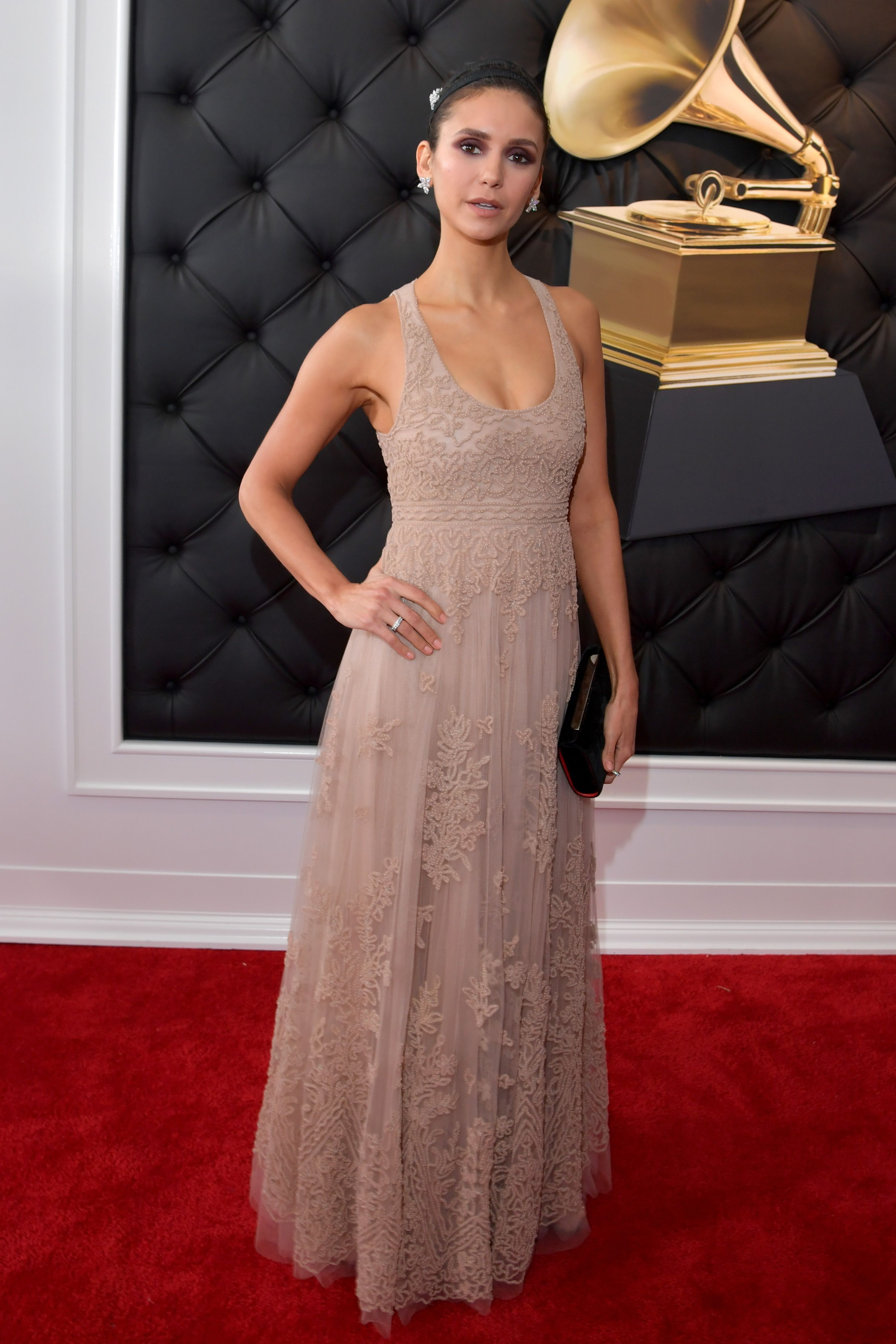 12+ Red Carpet Grammys Outfits