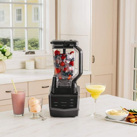 Blender, Small appliance, Kitchen appliance, Drink, Home appliance, Food, Smoothie,