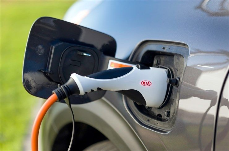 Now Owners Of Kia Evs And Plug In Hybrids Can Order A Home Charging Station From