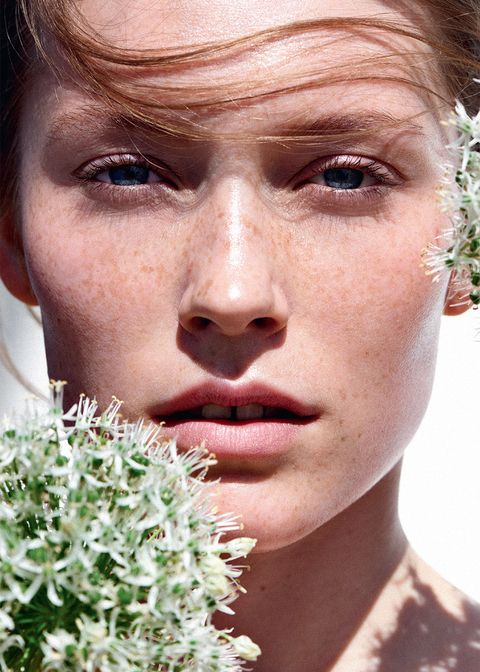 Exfoliating acids in skincare explained - AHAs and BHA