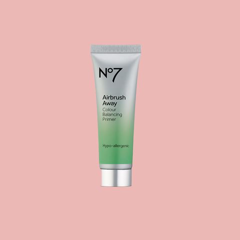 Redness reducing primers