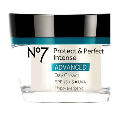 Boots No.7 Protect and Perfect Intense Day Cream