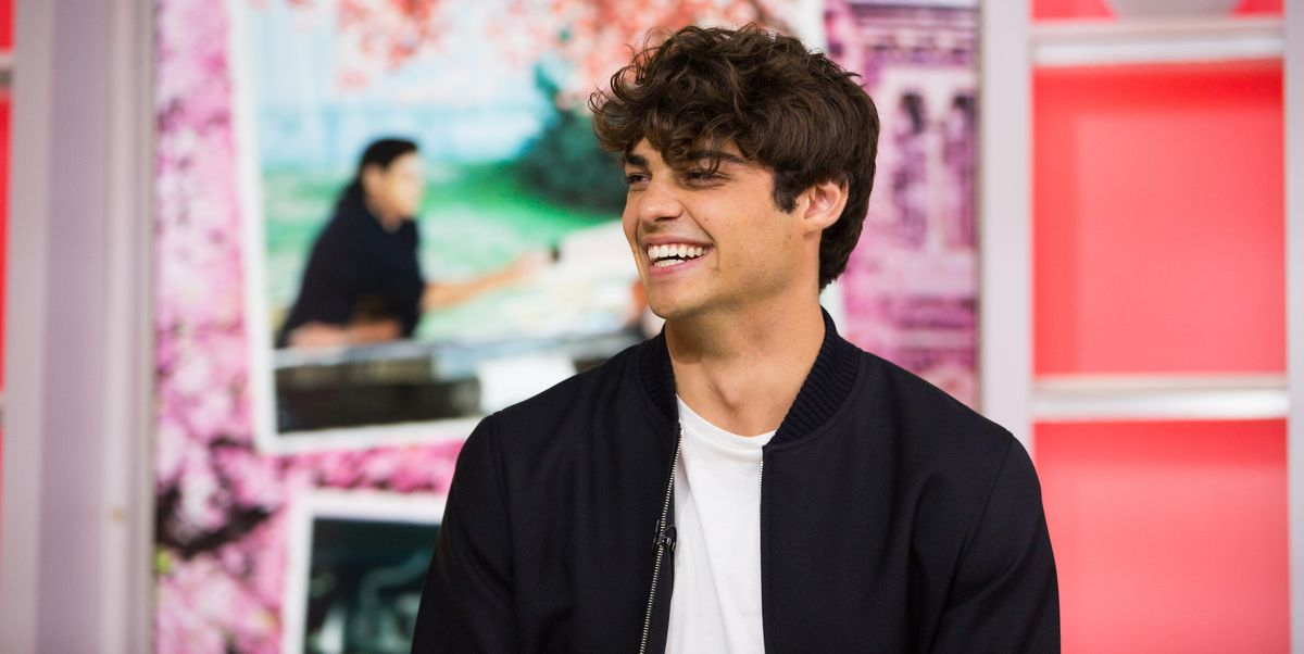 Noah Centineo Doesn T Know How Clothes Work