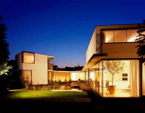 House, Home, Architecture, Sky, Property, Residential area, Building, Real estate, Lighting, Facade,