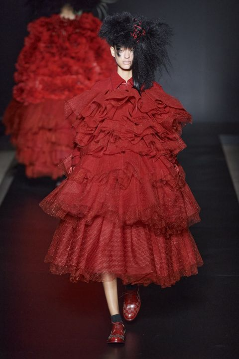 Red, Clothing, Fashion, Pink, Dress, Shoulder, Fashion design, Haute couture, Fashion model, Joint,