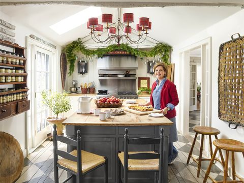 20 Christmas Kitchen Decorating Ideas - How to Decorate Your ...
