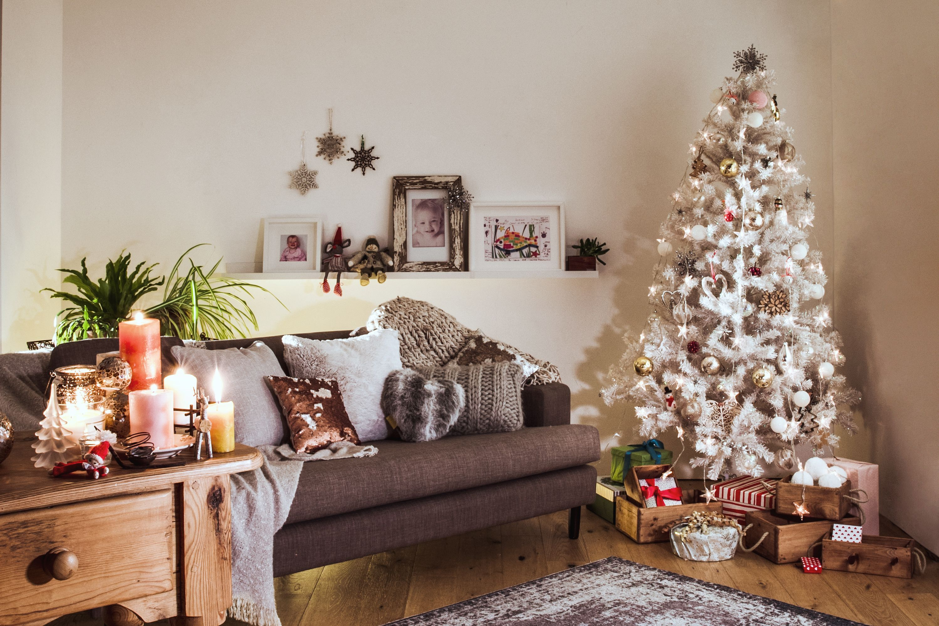 Fake Christmas Tree The Best Artificial Christmas Trees For 2020