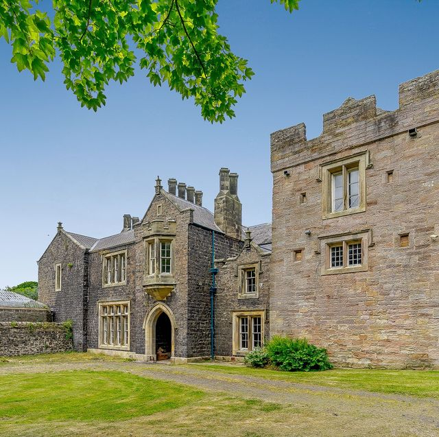 northumberland castle originally built for just £40 now for sale for £14 million