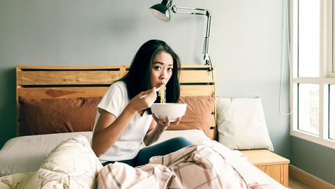 eat in bed