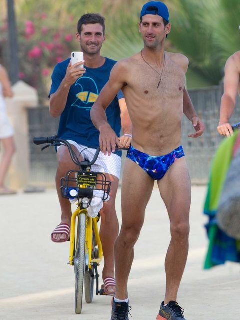 Novak Djokovic bañador en Marbella
