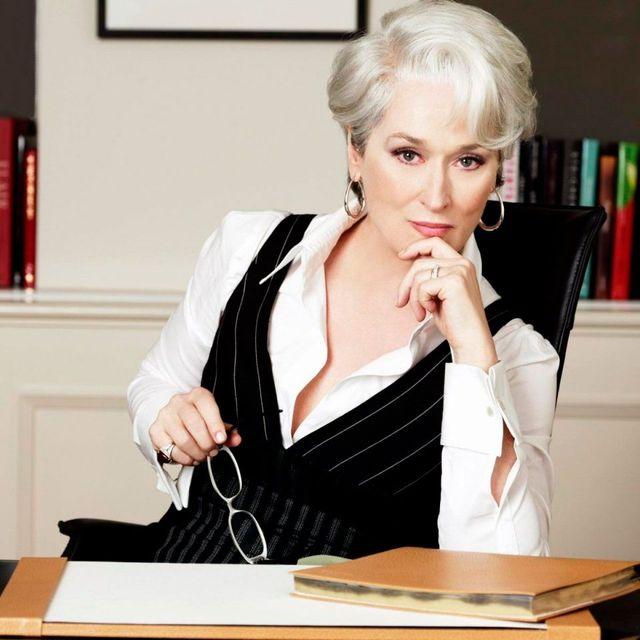 様々な人気作品に出演し、大女優として活躍するメリル・ストリープ(71歳)。そんな彼女の代表作と言えば、雑誌編集長のミランダ役を演じた映画『プラダを着た悪魔』を思い浮かべる人が多いのでは? けれど彼女は先日受けたインタビューで、同作品の撮影中について語り、注目を集めた。