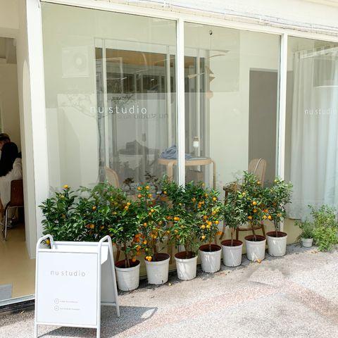 台北nu studio打造奶油白韓國風咖啡廳!人氣必點酪梨丹麥吐司、伯爵茶布丁帶你一秒到韓國