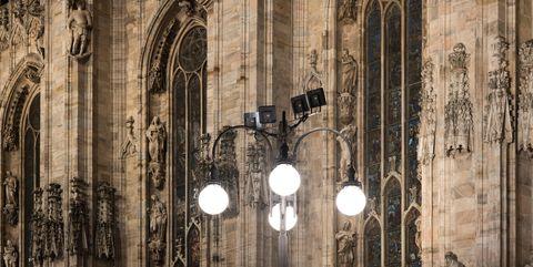 La nuova illuminazione esterna del duomo di milano