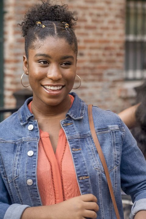 Hair, People, Denim, Hairstyle, Jeans, Beauty, Fashion, Smile, Forehead, Textile,