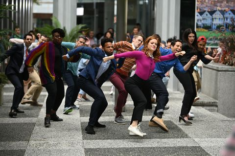 """zoey's extraordinary playlist    """"i've got the music in me"""" episode 102    pictured l r andrew leeds as david, alex newell as mo, peter gallagher as mitch, john clarence stewart as simon, michael thomas grant as leif, jane levy as zoey, skylar astin as max, lauren graham as joan    photo by sergei bachlakovnbc"""
