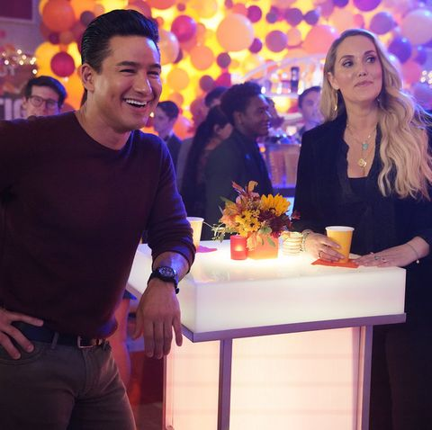 saved by the bell    the fabulous birchwood boys episode 104    pictured l r mario lopez as ac slater, elizabeth berkley as jessica spano    photo by casey durkinpeacock