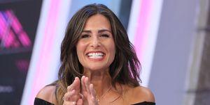 La presentadora Nuria Roca anuncia que su hermana, Ruth, está embarazada.