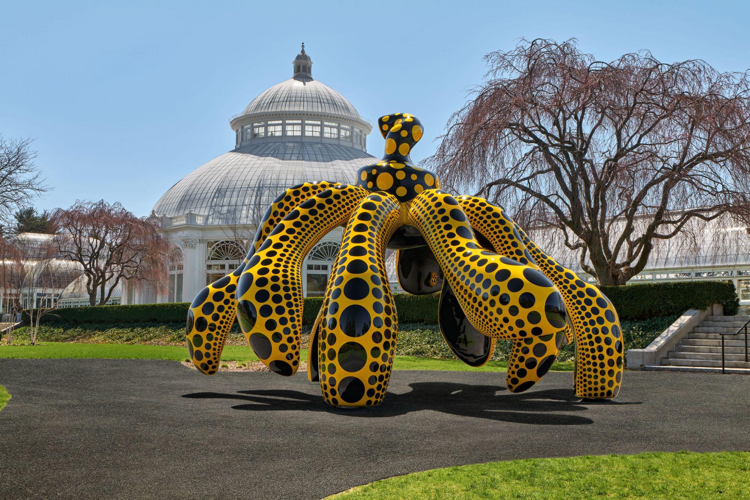 La obra de Yayoi Kusama invade el Jardín Botánico de Nueva York