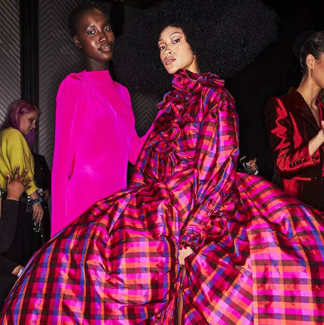 Clothing, Fashion, Haute couture, Pink, Dress, Fashion design, Magenta, Textile, Gown, Fashion model,