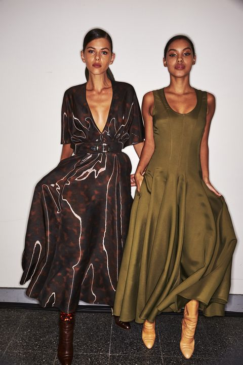 Fashion model, Clothing, Fashion, Runway, Dress, Fashion show, Fashion design, Haute couture, Day dress, Formal wear,