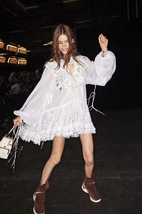 White, Clothing, Fashion, Leg, Dress, Footwear, Fashion model, Fun, Performance, Human body,