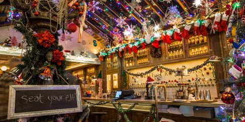 Nyc Christmas.12 Best Christmas Bars In Nyc Festive Holiday Themed Bars