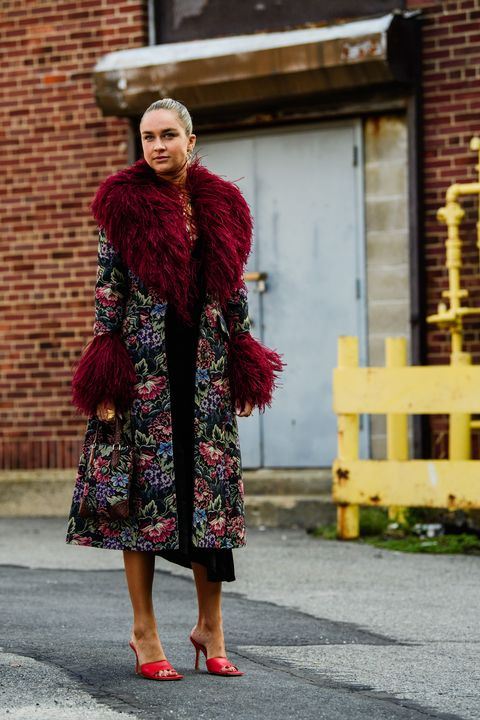 Street fashion, Clothing, Red, Fashion, Fur, Standing, Shoulder, Snapshot, Maroon, Dress,