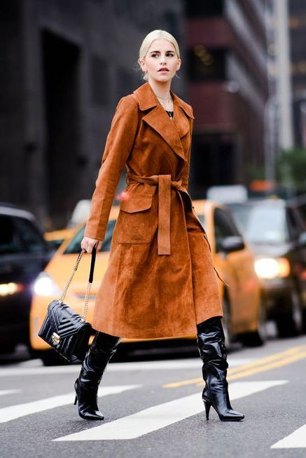 Clothing, Street fashion, Fashion, Fashion model, Trench coat, Coat, Footwear, Snapshot, Outerwear, Overcoat,