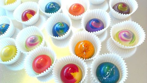 Food, Food coloring, Cuisine, Dessert, Baking, Cupcake, Dish, Baked goods, Baking cup, Muffin,