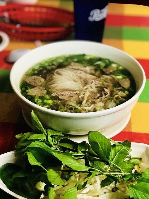 Food, Soup, Ingredient, Cuisine, Tableware, Bowl, Dish, Leaf vegetable, Produce, Serveware,