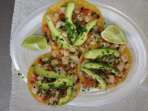 Dish, Food, Cuisine, Korean taco, Ingredient, Taco, Panucho, Tostada, Pico de gallo, Produce,