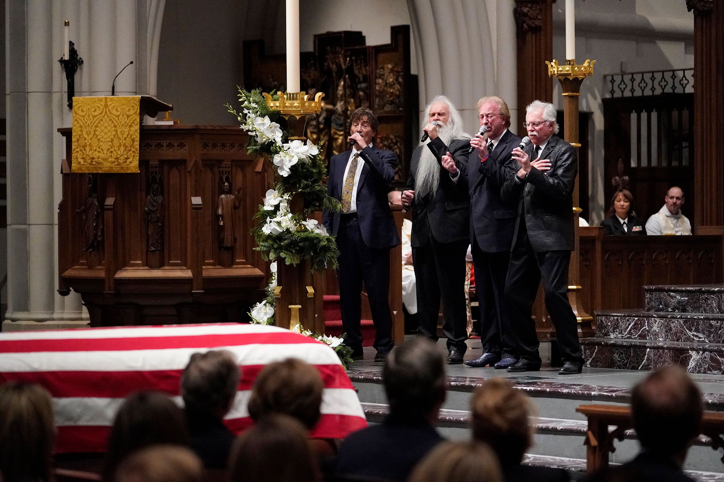 The Oak Ridge Boys Perform at George H.W. Bush\'s Funeral