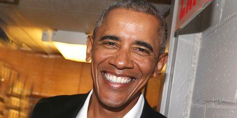 Hair, Forehead, Facial expression, Eyebrow, Smile, Chin, Facial hair, Caesar cut,
