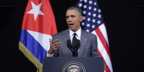 Speech, Flag of the united states, Spokesperson, Public speaking, Official, Orator, Flag, Event, Speaker, Military officer,