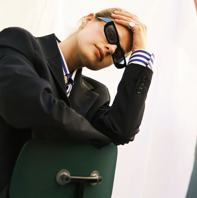 moda occhiali da sole 2020, tendenza  occhiali da sole 2020, tendenze moda  occhiali da sole 2020, occhiali da sole estate 2020, occhiali da sole online, occhiali da sole gucci, occhiali da sole gucci prezzo, occhiali da sole vintage, occhiali da sole tondi, occhiali da sole grandi, occhiali da sole oversize, occhiali da sole a gatta, occhiali da sole lenti rosa, occhiali da sole lenti chiare, occhiali da sole vintage online