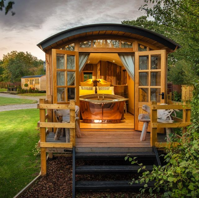 best romantic glamping sites for couples