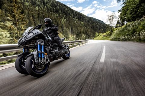 Yamaha Niken Review — Three-Wheeled Motorcycle