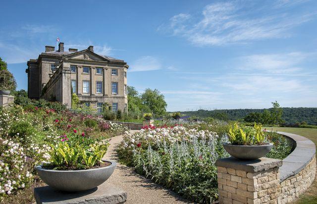 oehme van sweden bath england garden roses