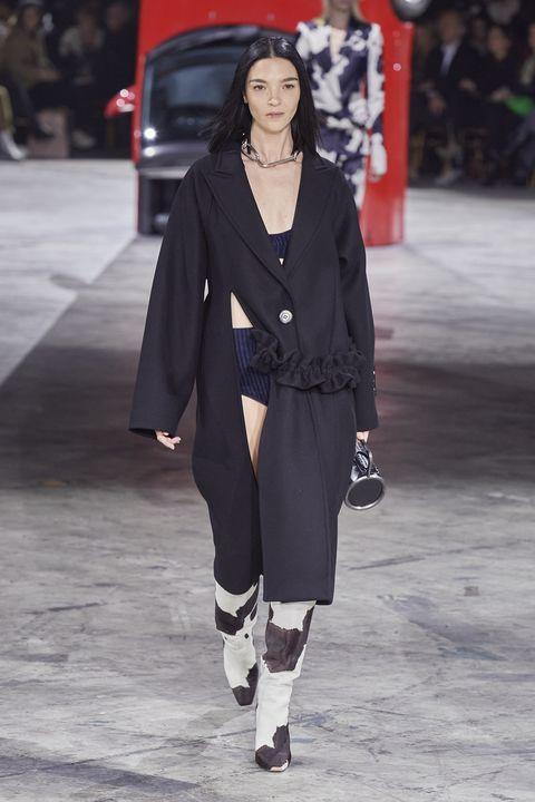 Off-White Herfst/Winter 2020 show op Paris Fashion Week