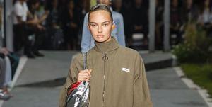romee-strijd-off-white-paris-fashion-week