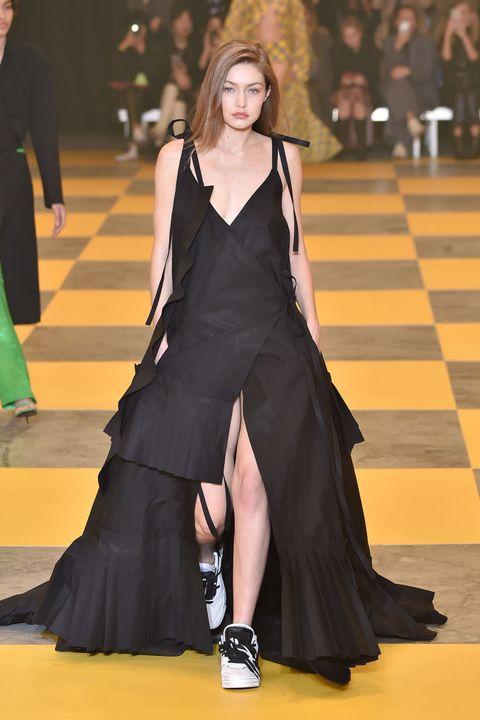 Fashion model, Fashion, Clothing, Runway, Fashion show, Dress, Haute couture, Event, Gown, Leg,