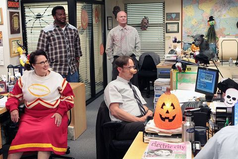 the office    here comes treble episode 906    pictured l r phyllis smith as phyllis vance, craig robinson as darryl philbin, creed bratton as creed, rainn wilson as dwight schrute    photo by chris hastonnbc