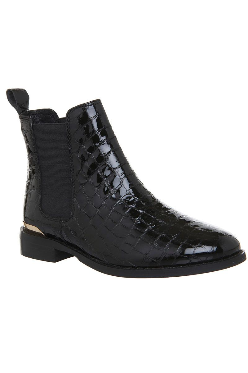 f0cff67ddcff2 43 black ankle boots you need - best women's ankle boots