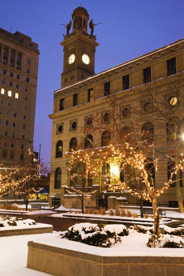 usa, ohio, canton, courthouse building in winter, dusk